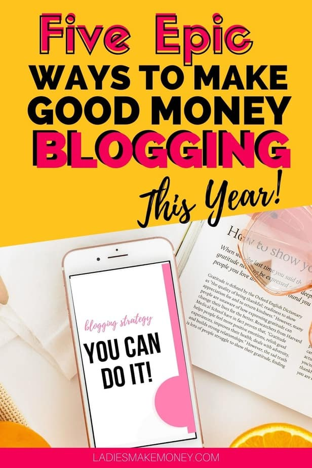 If you are looking for ways to make money online blogging, we have a few amazing tips. Here are our best tips for making money blogging as a beginner #bloggingtips #bloggingformoney If you are looking for ways to make money blogging, read this.