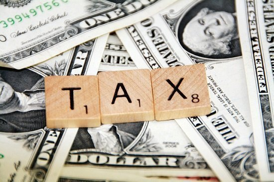 Do I have to pay taxes on my blog income