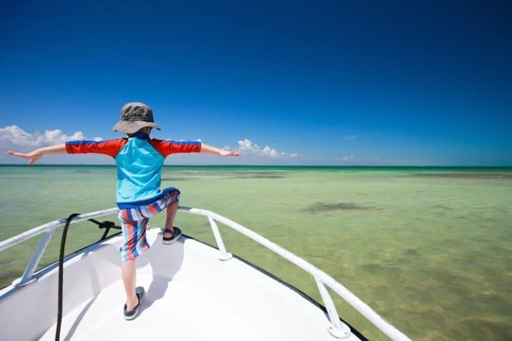 things to do in the summer for kids. 9 Budget-friendly things to do in the summer. If you are on a budget and looking for fun things to do this summer, you might want to check this post. Summer is a great time to try new things, explore things but it does not need to cost you much. These are money saving tips and ideas to do this summer if you are on a budget. We have also included a few fun things to do this summer with kids that you will love #funactivities #summerfun #summerideas