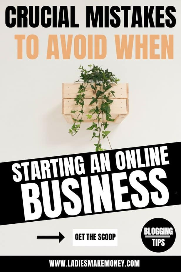 Everything you need to know about starting an online business. Learn how to start a business with no money. Helpful ideas that will teach you how to make money online and build a profitable business. Small Business Tips + Ideas | Organization | Resources | Planning | Printables | Start Ups