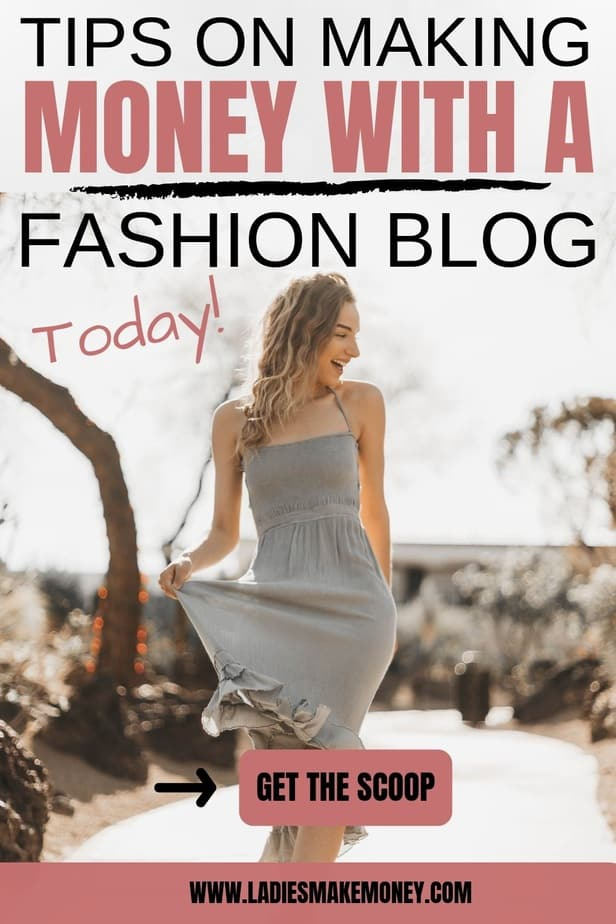 Here are tips on how to make money as a fashion blogger. Learn exactly how to become a fashion blogger that makes money online #bloggingformoney #fashionblogger