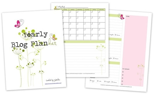 Free printable blog planner for bloggers to use this year.